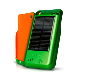 eco-chic gadget, eco-chic iPhone charger, eco-modern gadget, eco-modern iPhone charger, green energy, green gadget, green mobile life, hybrid solar charger, Novothink, solar iPhone/iPod charger, solar powered phone charger, solar surge, sustainable gadget